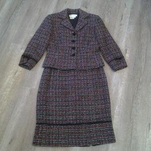 Maggie London Petites Tweed Blazer/Skirt Set